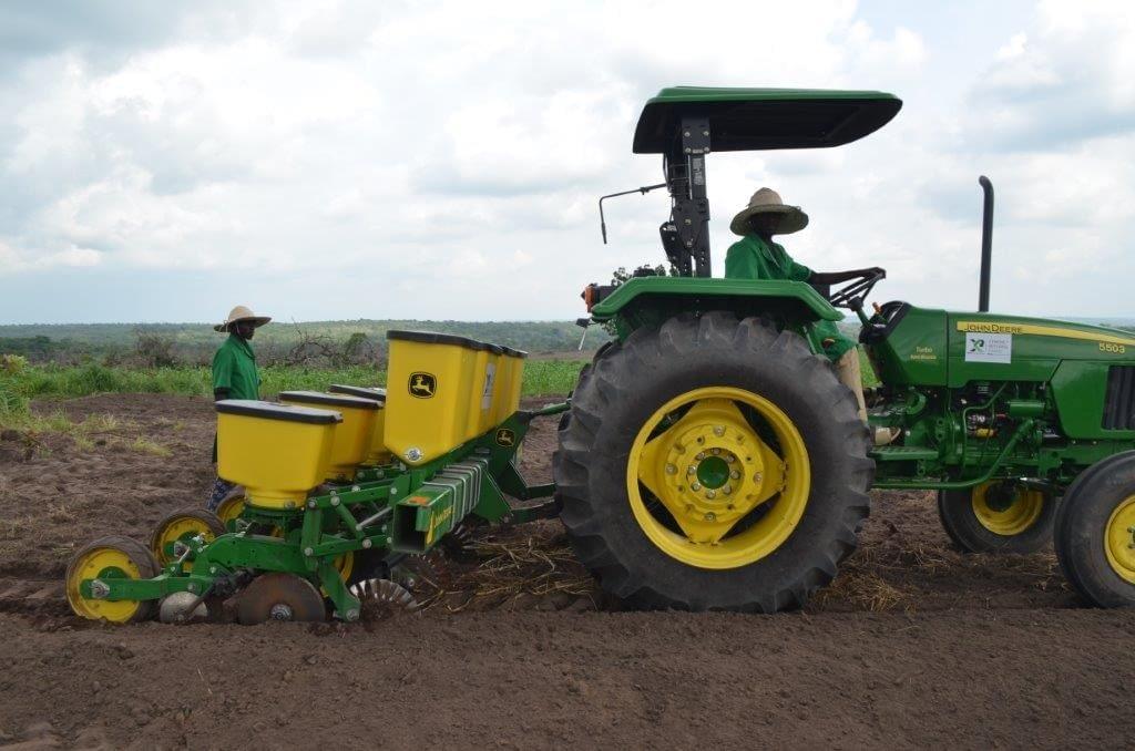 John-Deere-Maize-Planters-Xtreme-Returns-Farms-1024x678